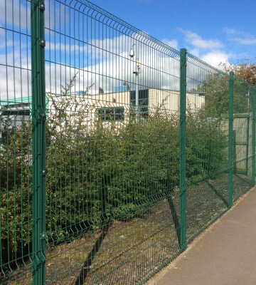 Boundary Fencing and Gates - Safeguarding Options