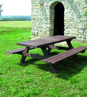 Farnham Recycled Picnic Bench